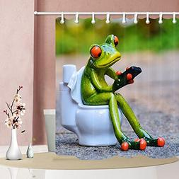 NYMB The porcelain frogs sat on the toilet 69X70 inches Mild